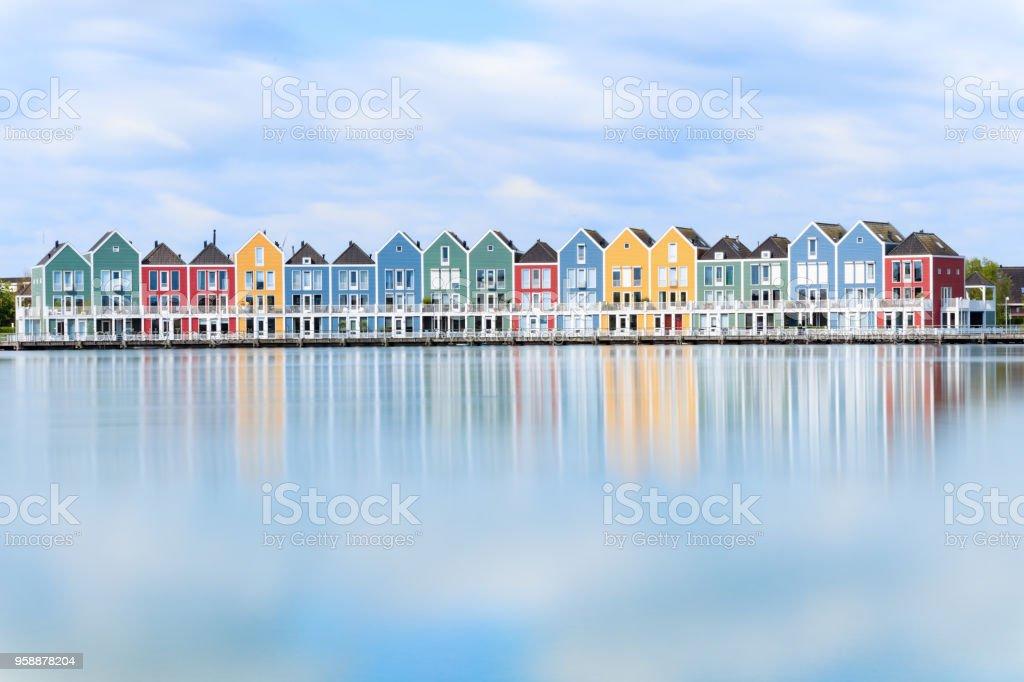 Houten, Niederlande - traditionelle niederländische Häuser am Kanal – Foto