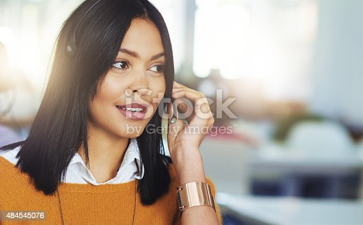 Cropped shot of a woman working in her officehttp://195.154.178.81/DATA/i_collage/pi/shoots/805400.jpg