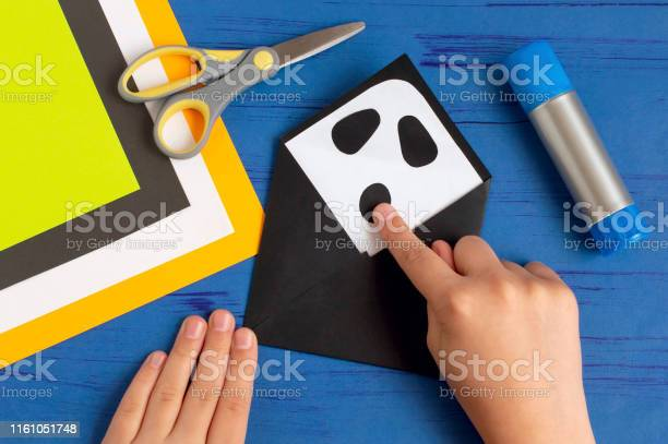 How to make original envelopes for halloween greetings step 6 picture id1161051748?b=1&k=6&m=1161051748&s=612x612&h=smkz 7wmmxpis3nutije906ies7p jg7fm3kogkogk4=