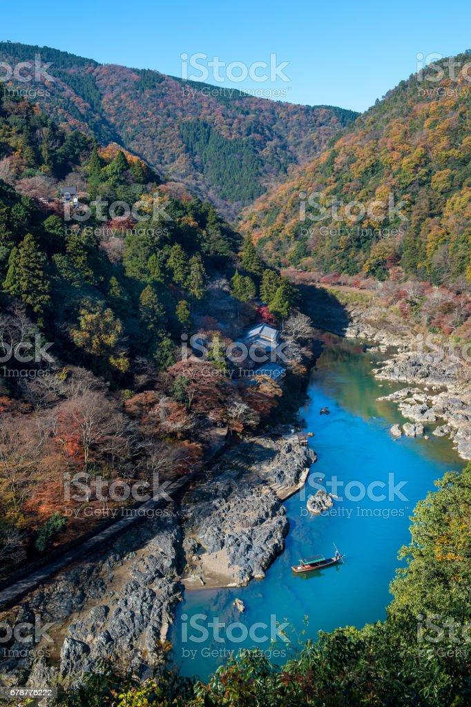 Hozugawa nehir tekne yolculuğu, Arashiyama, Kyoto, Japonya royalty-free stock photo