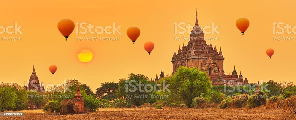 Htilominlo Tempel in Bagan. Myanmar. – Foto