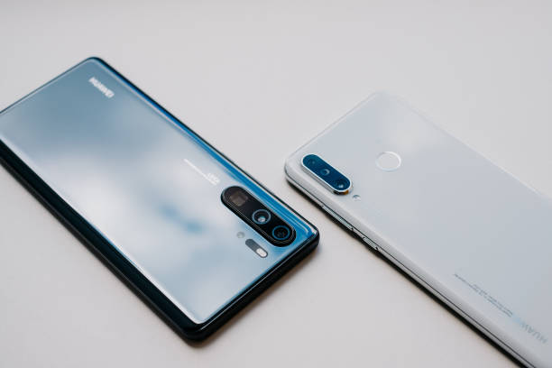 Huawei P30 Lite SAIGON / VIETNAM, 8 MAY 2019 - HUAWEI P30 LITE smartphone is displayed for editorial purposes huawei stock pictures, royalty-free photos & images