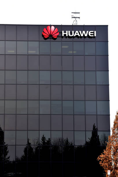 Huawei Research & Development Centre in Canada Kanata, Canada - December 31, 2018: Huawei Ottawa Research & Development Centre on Terry Fox Road. The Chinese multinational telecommunications equipment and consumer electronics company has significant investment in Canada.  Canada is currently considering whether or not to use Huawei 5G technology. huawei stock pictures, royalty-free photos & images