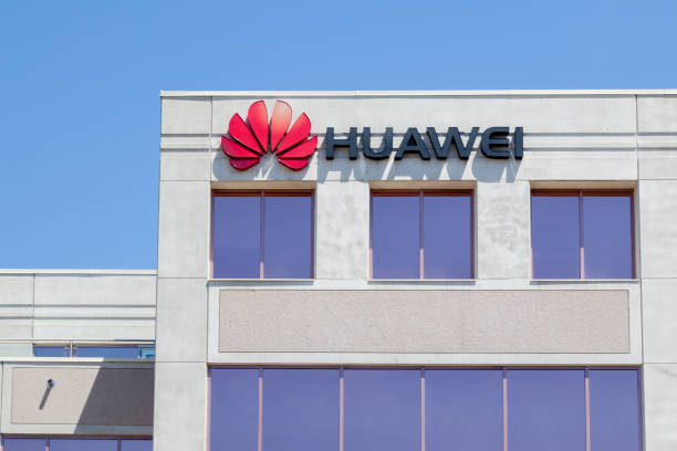 Huawei Technologies Canada office building in Markham, Ontario, Canada Markham, Ontario, Canada - May 21, 2018: Huawei Technologies Canada office building in Markham, Ontario, Canada, a Chinese networking, telecommunications equipment, and services company huawei stock pictures, royalty-free photos & images