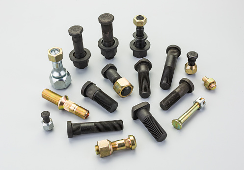 hub bolts for automobile industry