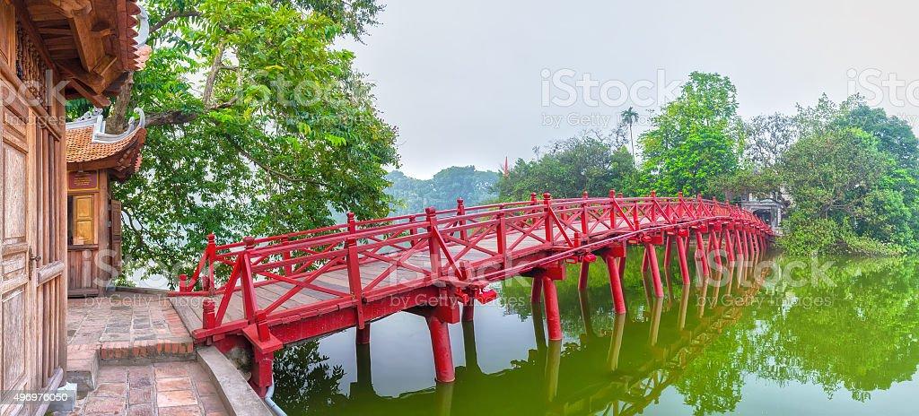 Huc-Brücke auf die Ngoc Son-Tempel, Hanoi, Vietnam – Foto