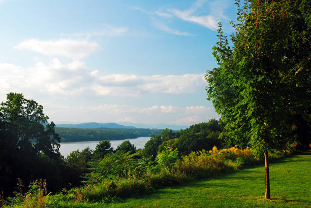 Hudson Valley View A view of the Hudson River and Valley from Hyde Park, New York hudson river stock pictures, royalty-free photos & images