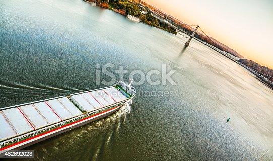 483418977istockphoto Huge cargo ship at the Hudson River 482692023