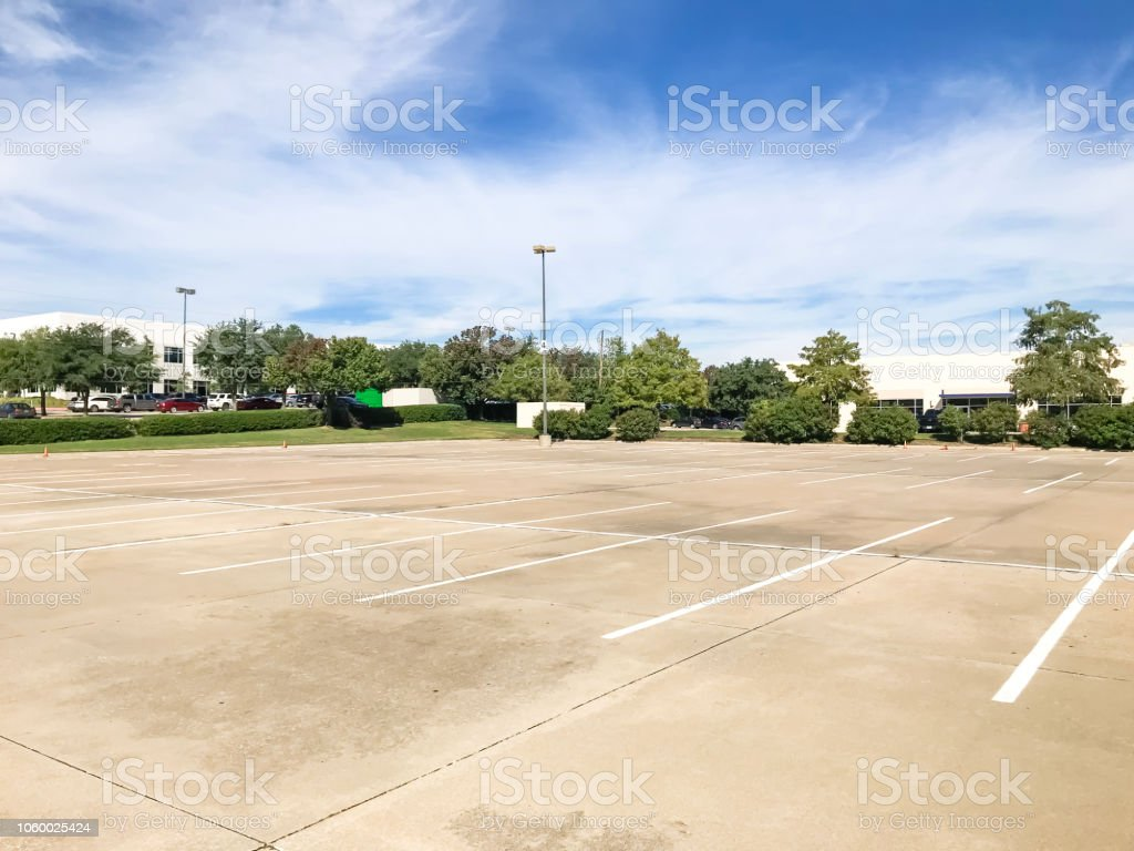 Blue Skies Of Texas >> Huge Empty Urban Parking Lot On Cloud Blue Sky In Texas Usa Stock