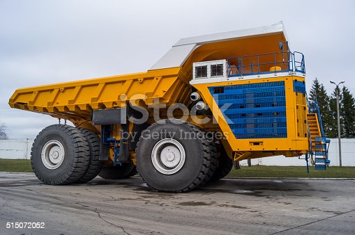 istock Huge Haul Truck Copy Space Background 515072052