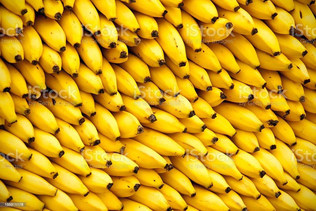 Grande pilha de Bananas - fotografia de stock