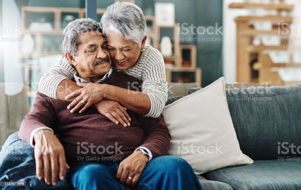 Hugs all the way - Royalty-free 60-69 Anos Foto de stock