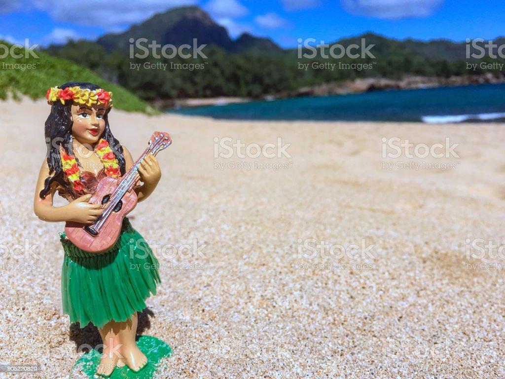 How the Hula Girl Sings