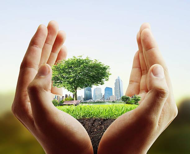 Menschliche hand holding Stadt – Foto