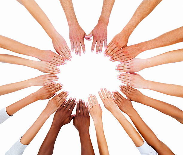 uomo mani mostrando unità - mano donna dita unite foto e immagini stock