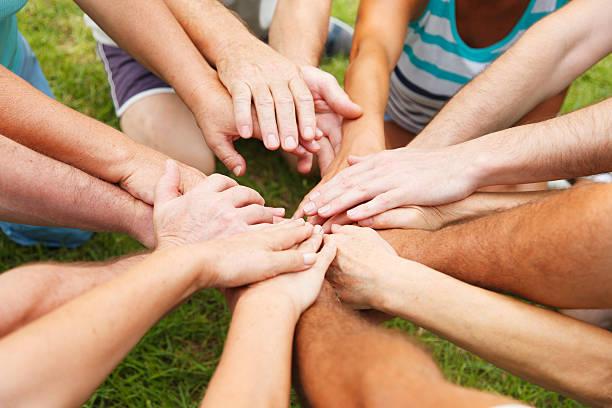 Menschliche Hände zeigen Einheit – Foto