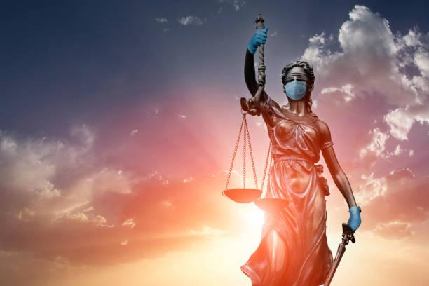 ley de derechos humanos en el tiempo de las epidemias - civil rights fotografías e imágenes de stock