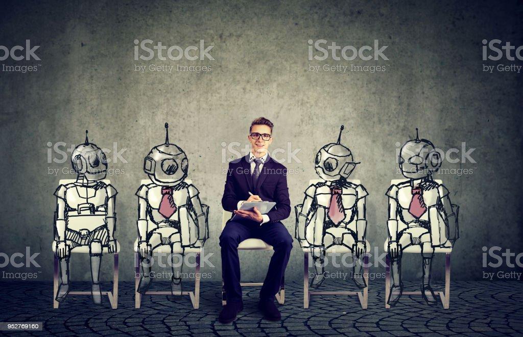 Menschen gegen Roboter Konzept – Foto