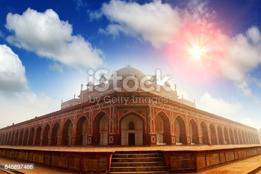 Humayuns Tomb under the beautiful cloudscape.