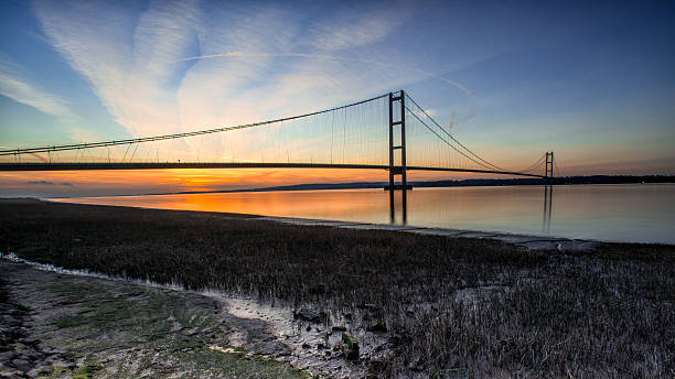 humber bridge sunset humber bridge sunset hull stock pictures, royalty-free photos & images