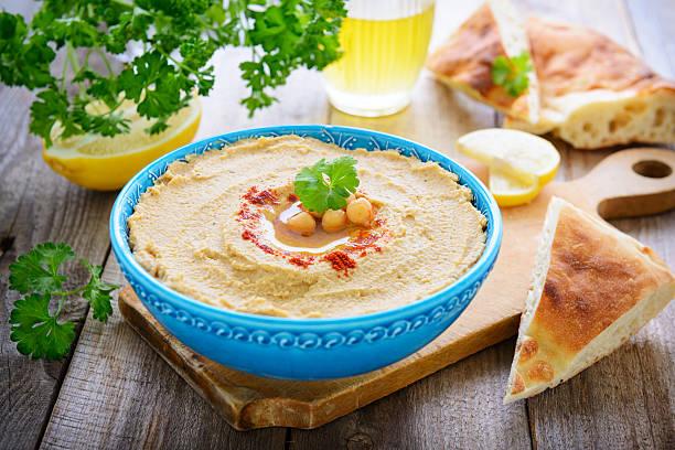 Hummus aus Kichererbsen und Sesam – Foto