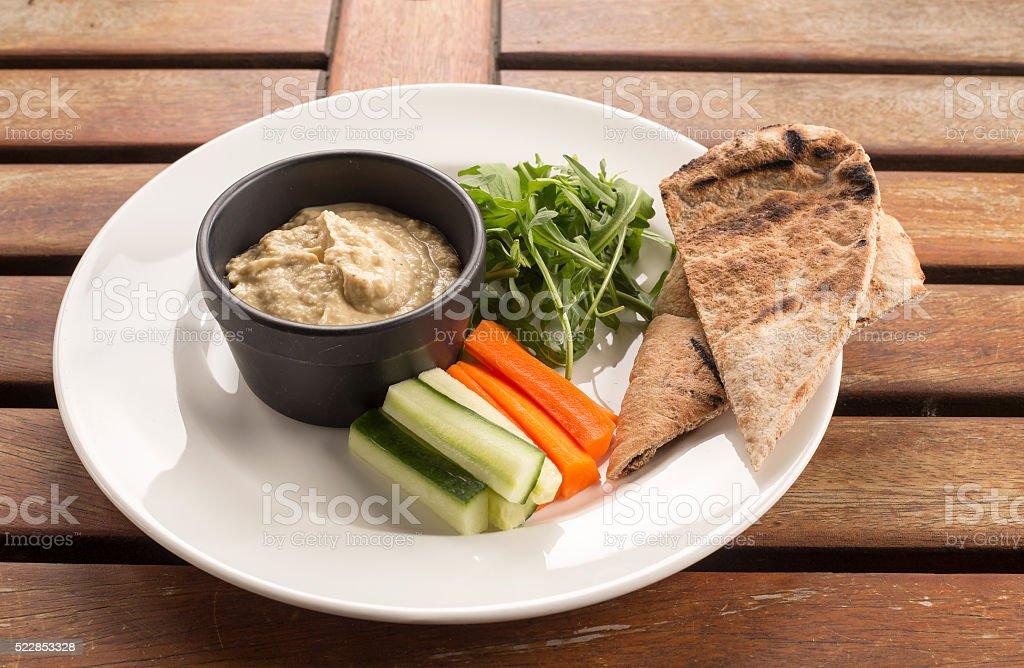 Hummus MIT PITA-Rohkost & vollkorn – Foto