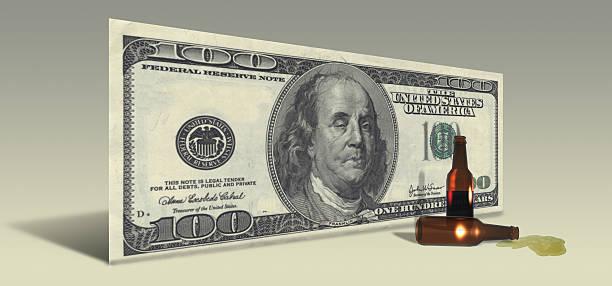 Uns Hundert-Dollar-Schein mit Drunken Ben Franklin – Foto