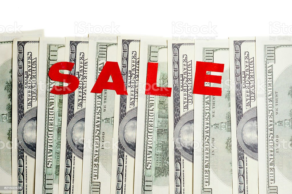 hundred dollar bills isolated on white. Sale photo libre de droits