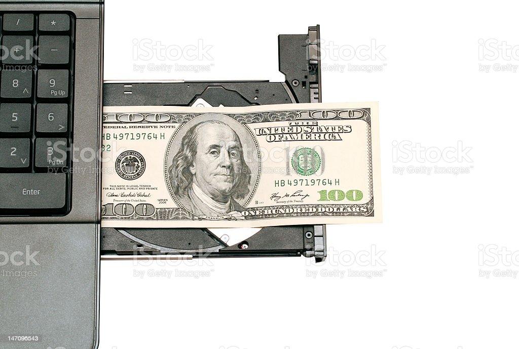 Hundert Dollar wird auf dem computer cd-rom – Foto