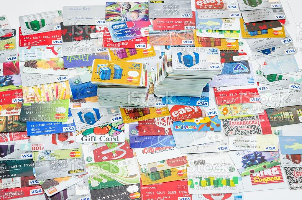 Cientos de tarjetas de crédito - foto de stock