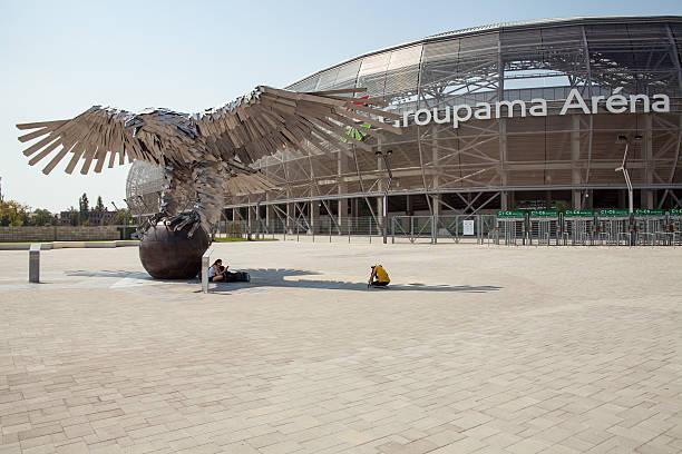 Hungarian football stadium, Groupama Arena. Steel eagle with spread wings. – zdjęcie