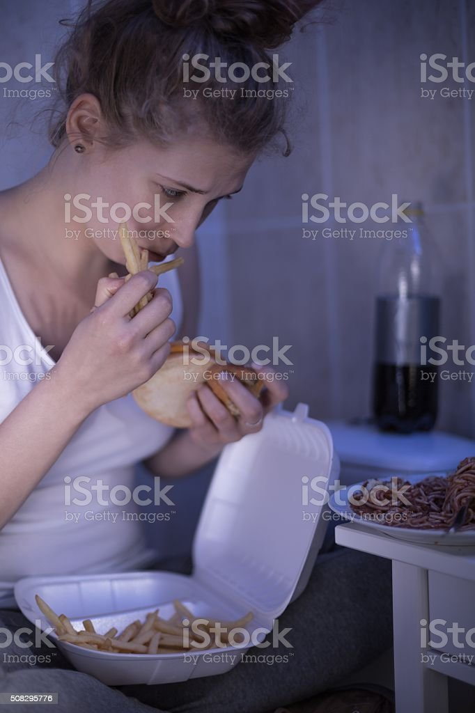 A fome e a bulimia Nervosa - foto de acervo