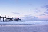 istock Huntington Beach pier 1199781368
