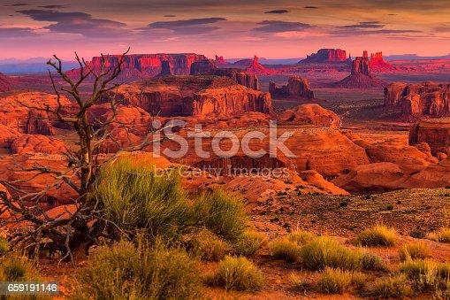 istock Hunts Mesa navajo tribal majesty place near Monument Valley, Arizona, USA 659191146