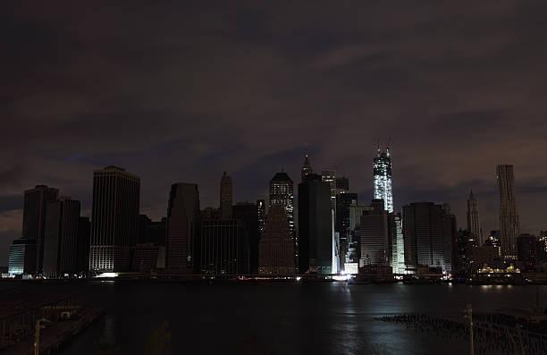 Hurrikan Sandy Manhattan Stromausfall zweite Nacht beleuchtet WTC – Foto