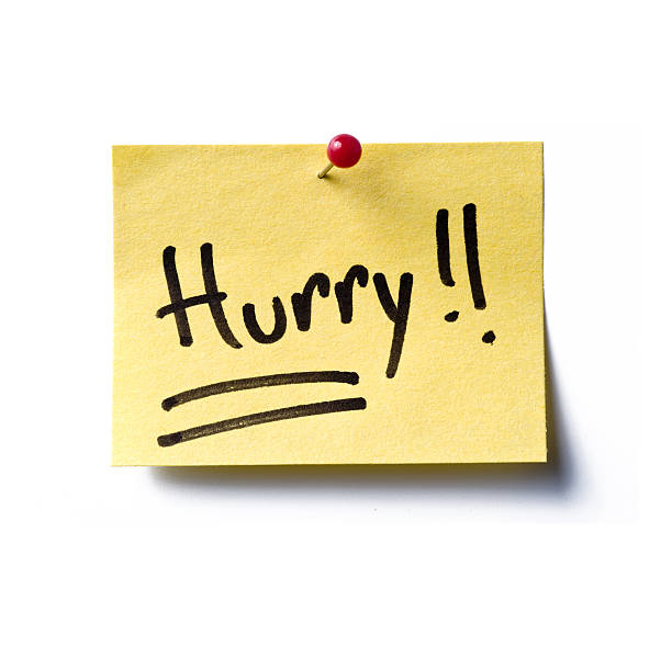 hurry! post-it a yellow post-it note with the word 'hurry!!' written in black marker pen. ASAP stock pictures, royalty-free photos & images