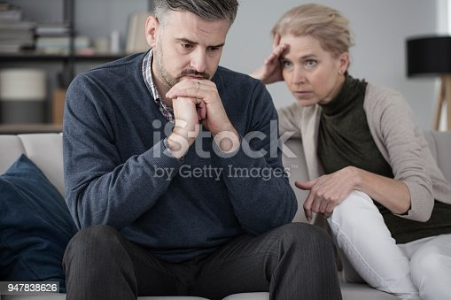istock Husband and wife in therapy 947838626