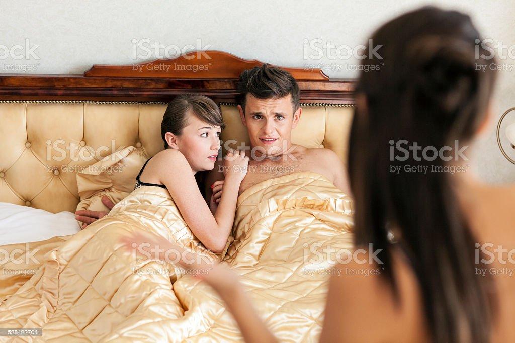 Сексуальные выражения в пастеле