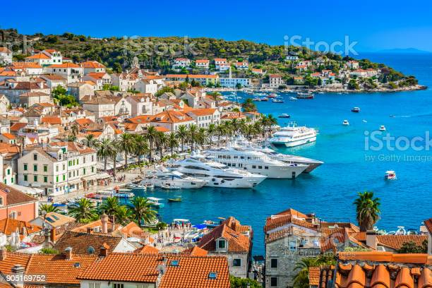 Hvar town mediterranean landscape picture id905169752?b=1&k=6&m=905169752&s=612x612&h=pnjnhkvswqj82dr3m0wrav kcuez6gpme1ofhyeoupe=