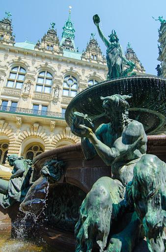 Brunnen Hamburg.Hygieia Brunnen Im Hamburger Rathaus Hamburg Gernamy