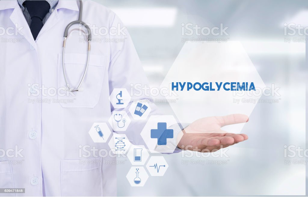 Hypoglycemia Professional doctor use computer and medical equipm – Foto