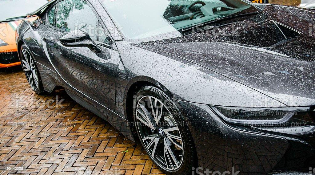 BMW i8 deportes coche híbrido de vista lateral - foto de stock