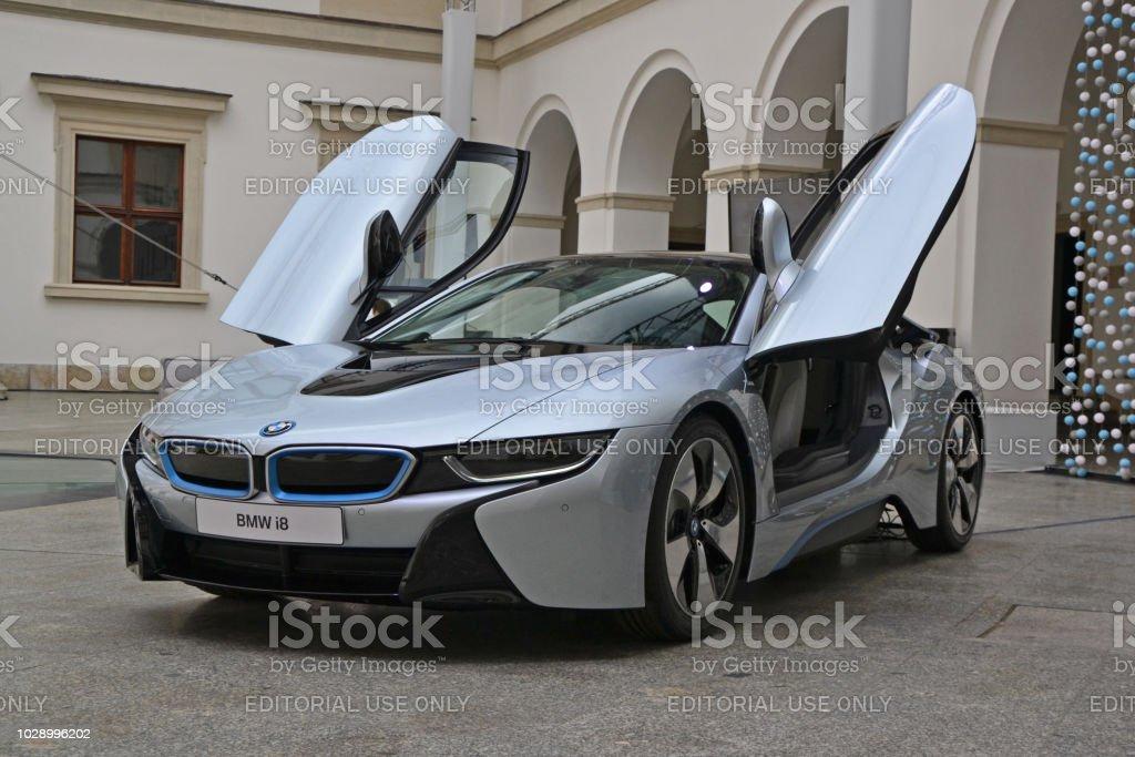 BMW i8 en la exposición - foto de stock