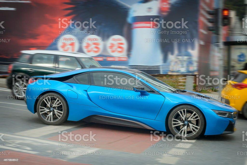 BWW i8 Conector híbrido coche deportivo en la calle - foto de stock