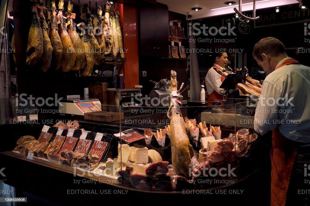 Iberico Ham Stall in Barcelona, Spain - foto stock