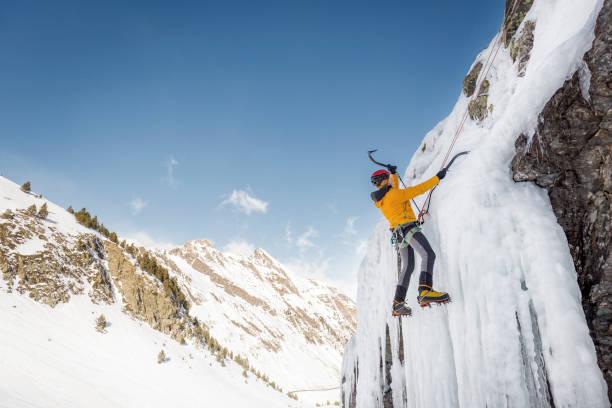 ice 凱旋 - アイスクライミング ストックフォトと画像