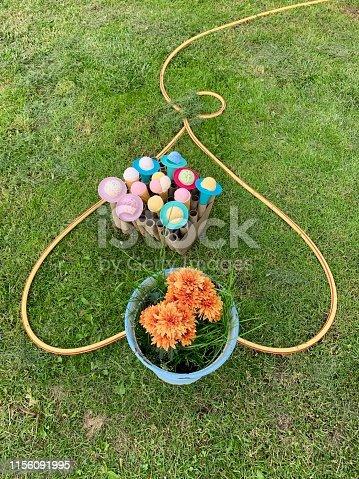 Ice cream balls as reward for gardening