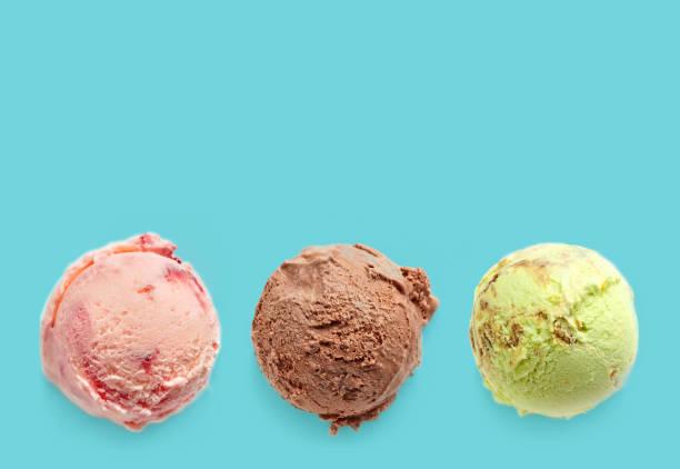 Bolas de sorvete - foto de acervo