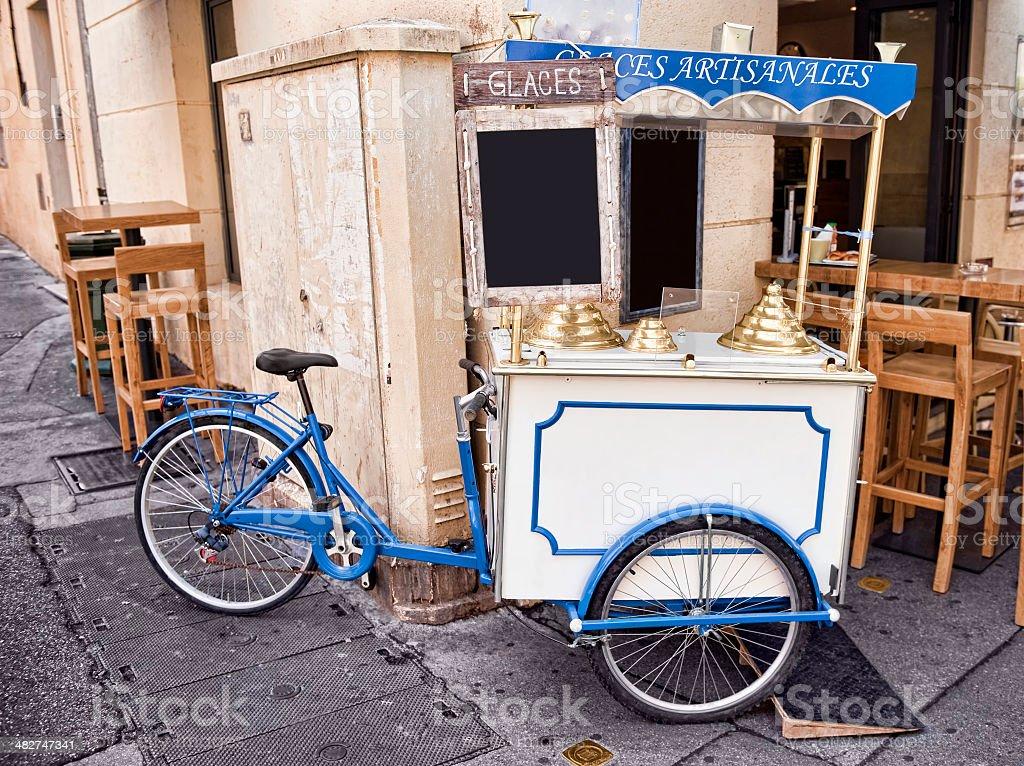 Eiscremestand mit dem Fahrrad – Foto