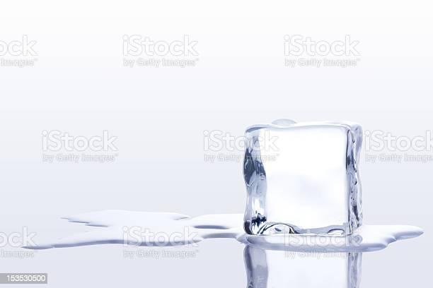 Ice Cubes Stockfoto en meer beelden van Bevroren
